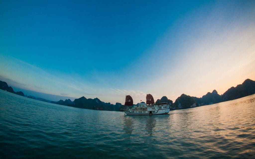 What is the reason to visit Halong Bay?