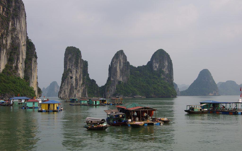 Reason to visit Halong Bay