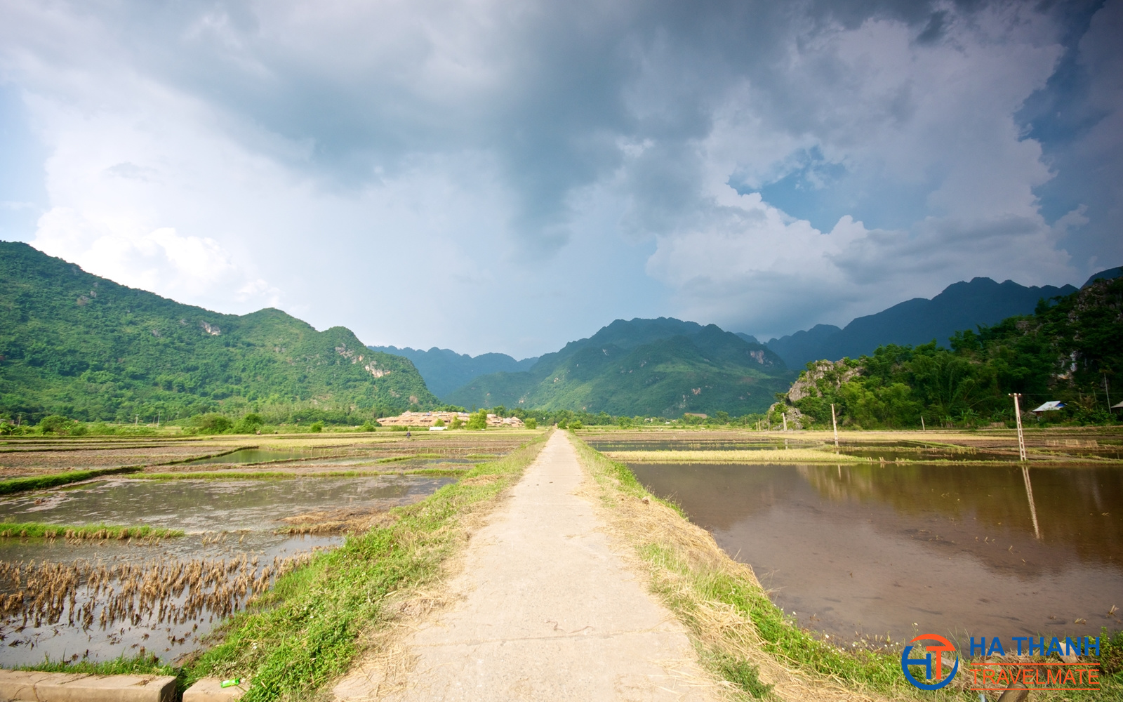 Mai Chau Full Day Tour